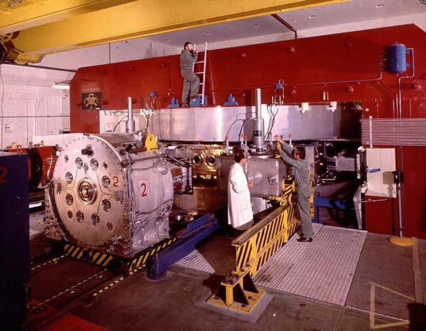 Synchrocyclotron